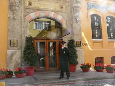 Four_seasons_istanbul_4jpg
